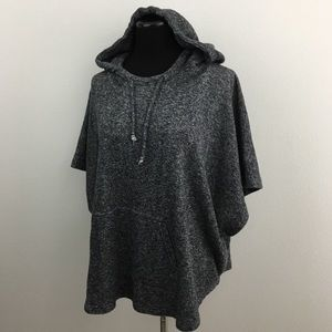 🆕 Oakley   Heather Gray Cropped Hoodie Top
